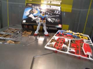 HGガンダムの箱・ランナー・完成品・そして金型